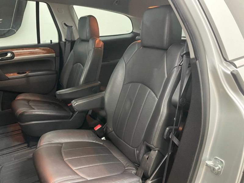 Buick Enclave 2012 price $13,977