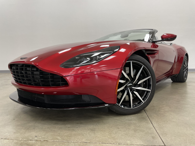 Aston Martin DB11 2019 price $209,977