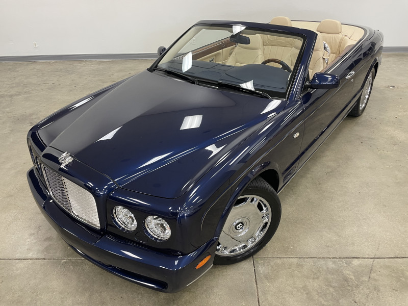 Bentley Azure 2009 price Sold