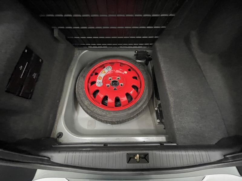 Jaguar XJ 2003 price $22,977