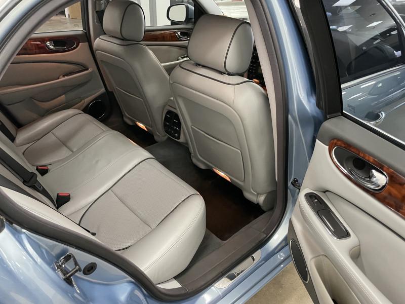 Jaguar XJ 2008 price $23,977