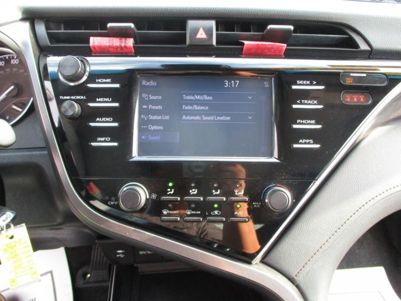 Toyota Camry 2018 price $18,995