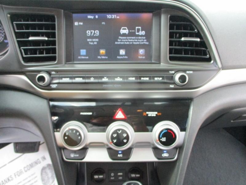 Hyundai Elantra 2019 price $17,995
