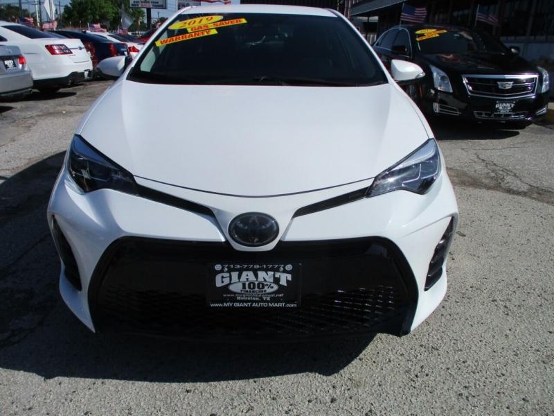 Toyota Corolla 2019 price $19,995