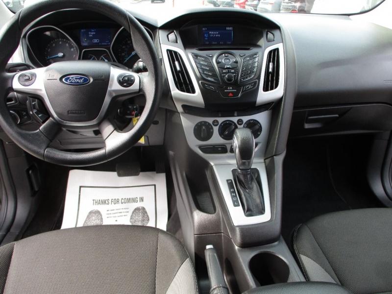 Ford Focus 2014 price $11,995