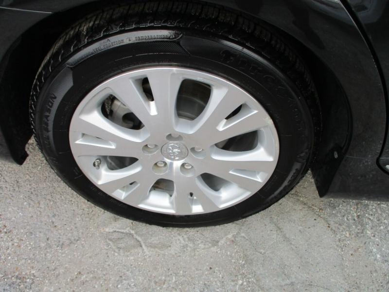 Toyota Avalon 2012 price $12,995