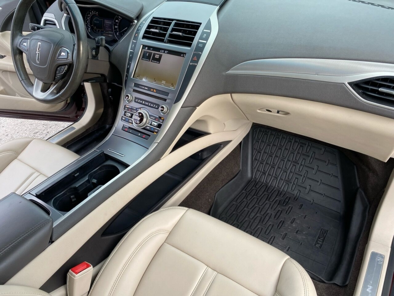 Lincoln MKZ 2017 price $22,995
