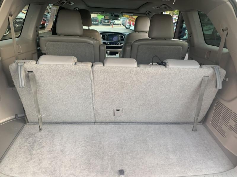 Toyota Highlander 2014 price $22,995