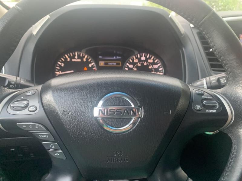 Nissan Pathfinder 2015 price $17,995