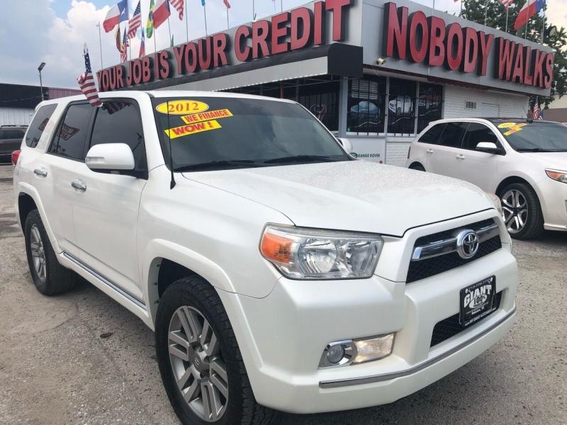 Toyota 4Runner 2012 price $21,995