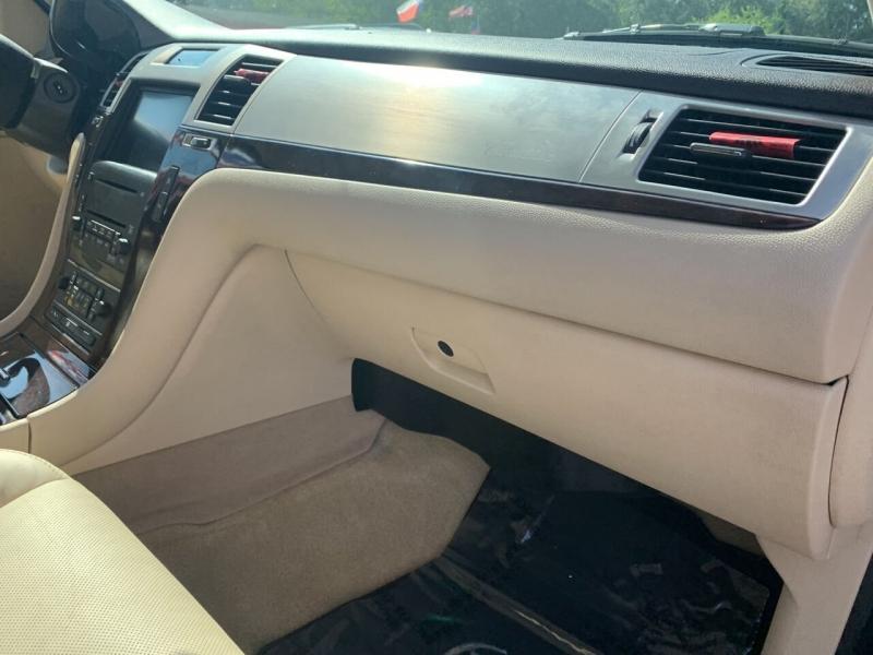 Cadillac Escalade 2007 price $16,995