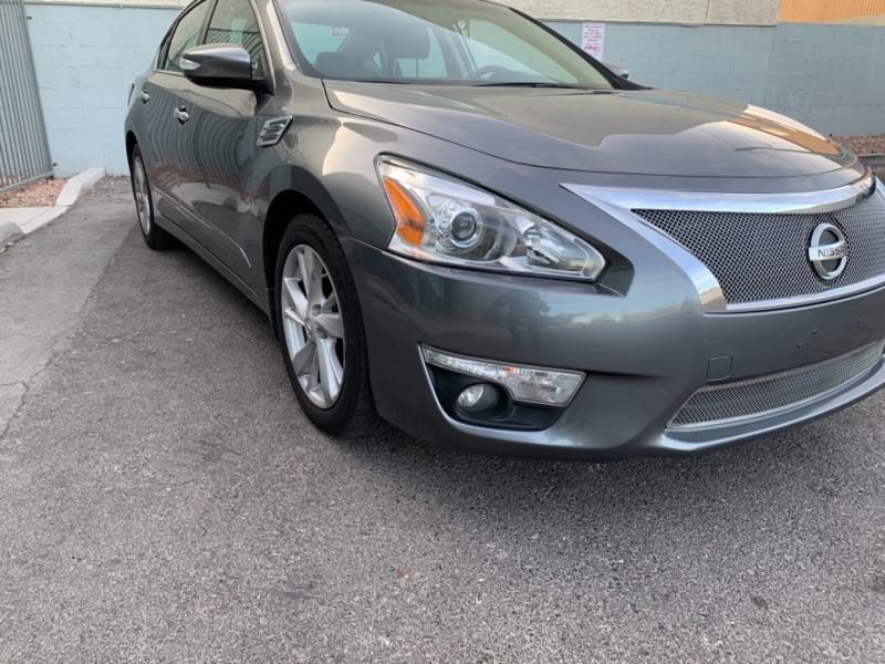 Nissan Altima 2015 price $11,500