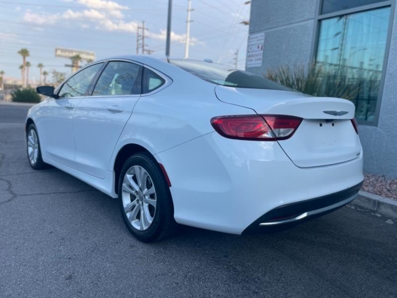 Chrysler 200 2015 price $11,000