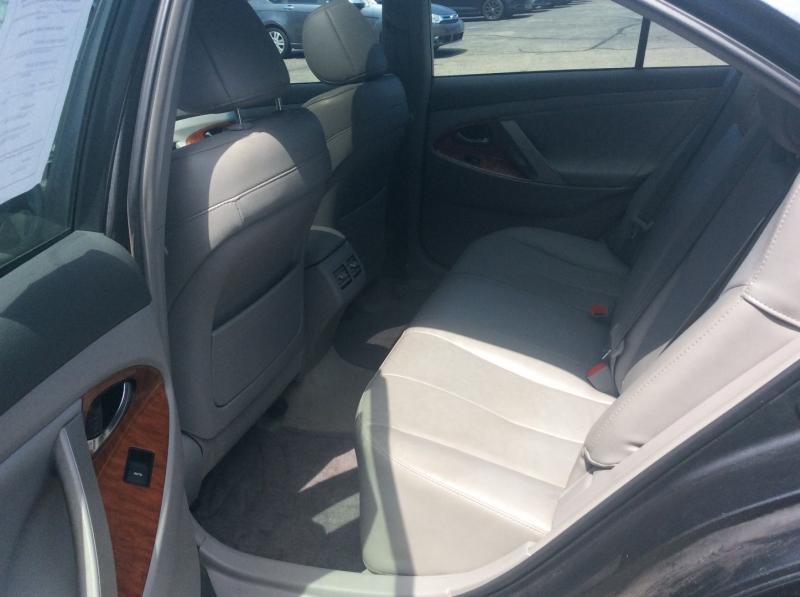Toyota Camry 2011 price $7,135