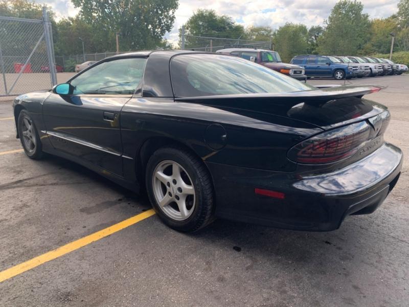 Pontiac Firebird 1997 price $5,850