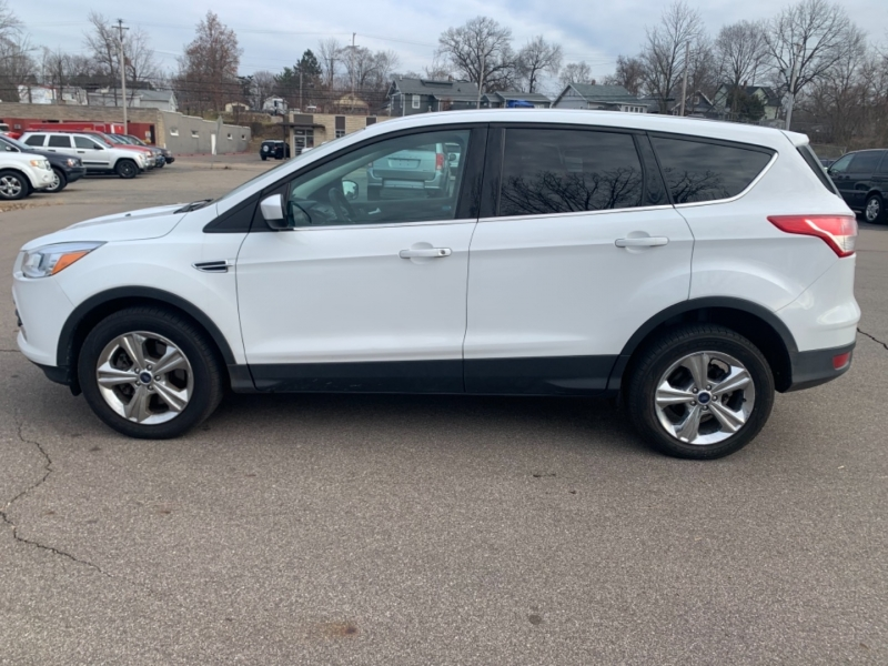 Ford Escape 2013 price $8,900