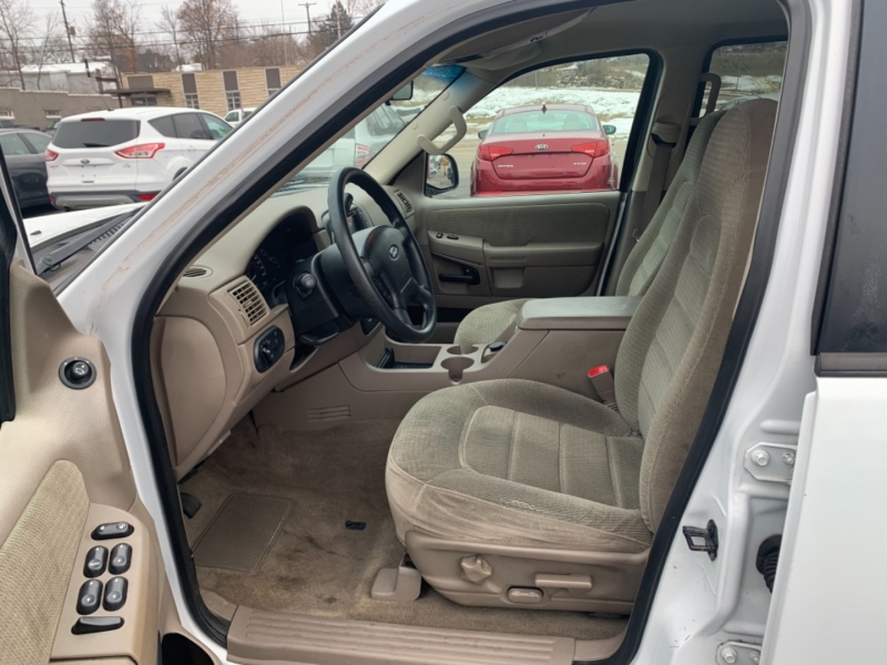 Ford Explorer 2002 price $3,900