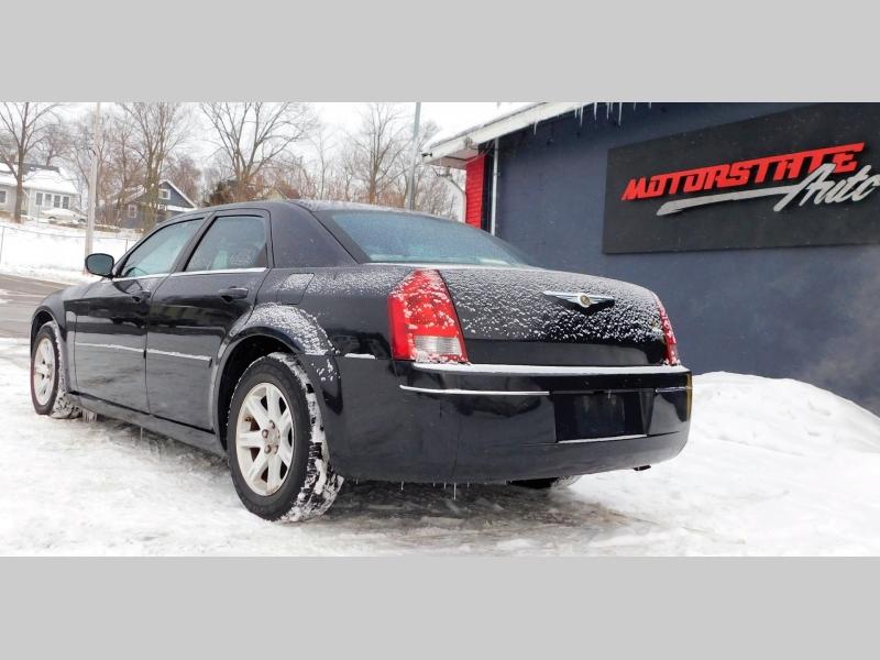 Chrysler 300 2007 price $5,599