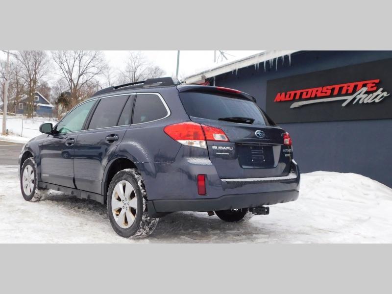 Subaru Outback 2012 price $8,999