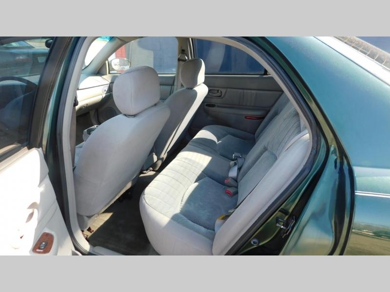 Buick Century 2004 price $3,800