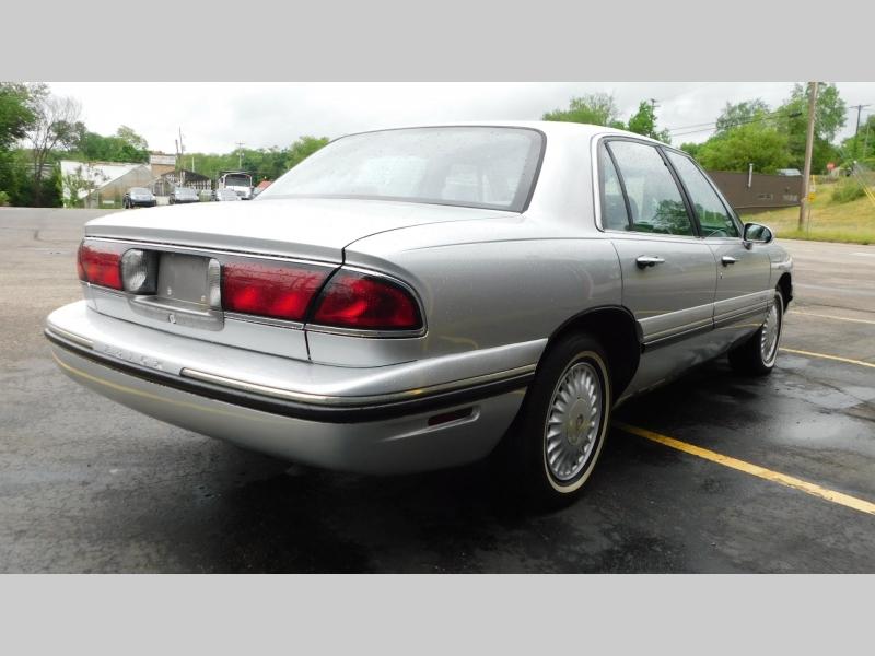 Buick LeSabre 1999 price $3,399