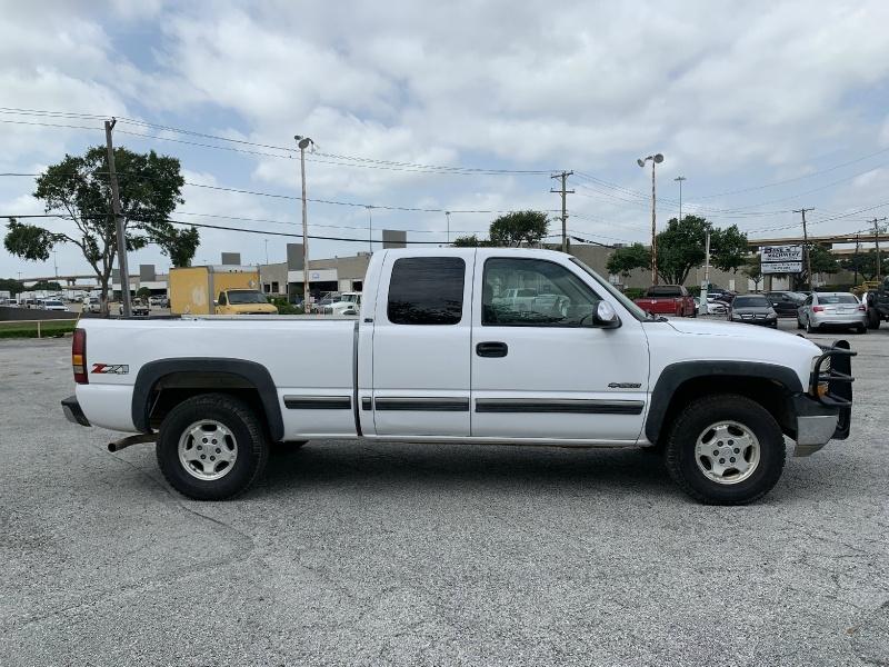 Chevrolet Silverado 1500 2001 price $6,990
