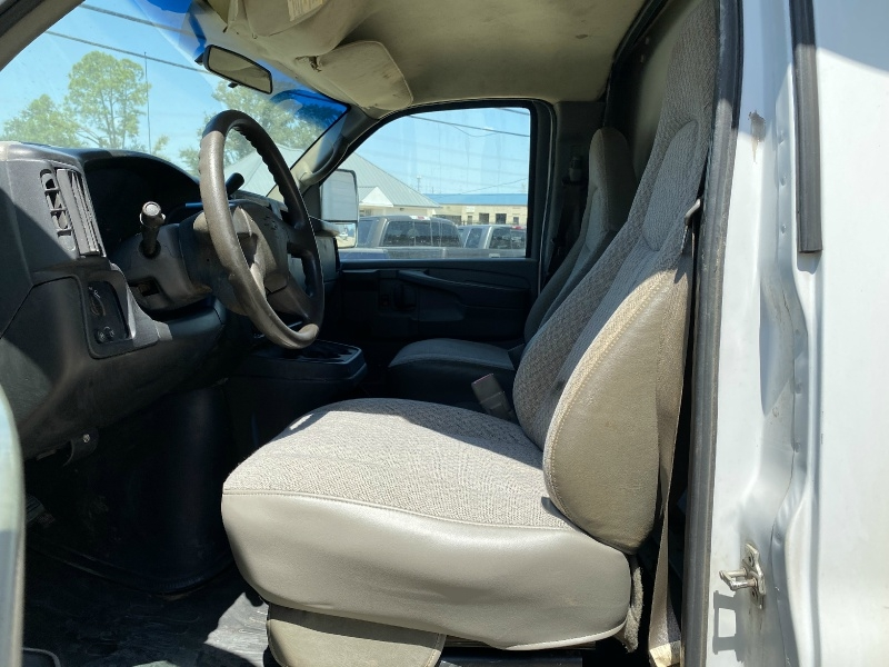 Chevrolet Express Commercial Cutaway 2007 price $7,990