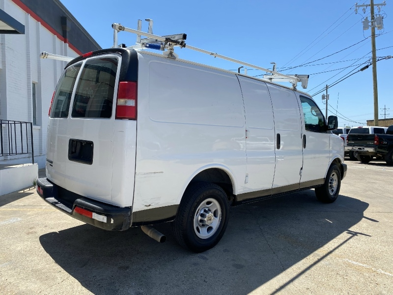 Chevrolet Express Cargo Van 2013 price $10,500