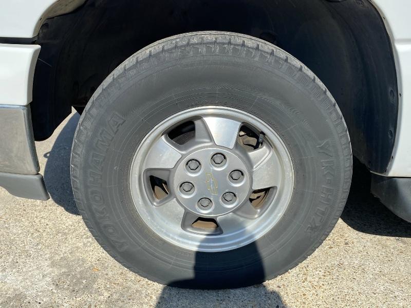 Chevrolet Tahoe 2003 price $6,990