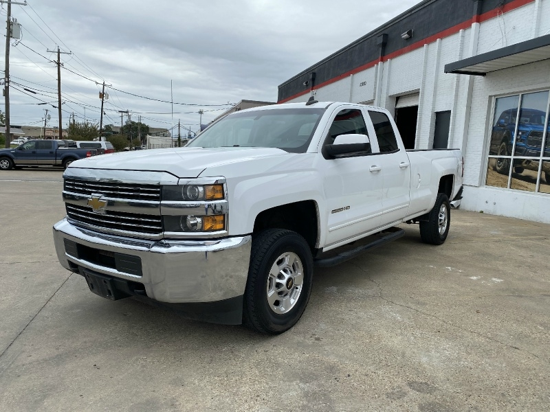 Chevrolet Silverado 2500HD 2015 price $15,990