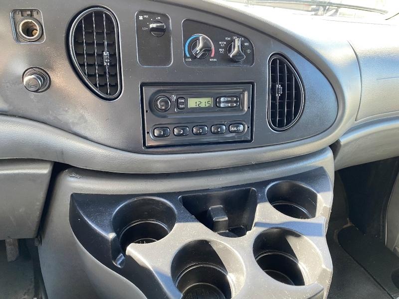 Ford Econoline Cargo Van 2008 price $5,990