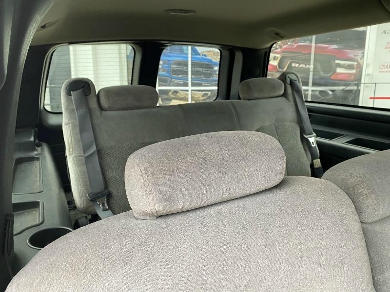 Chevrolet Suburban 2001 price $4,990