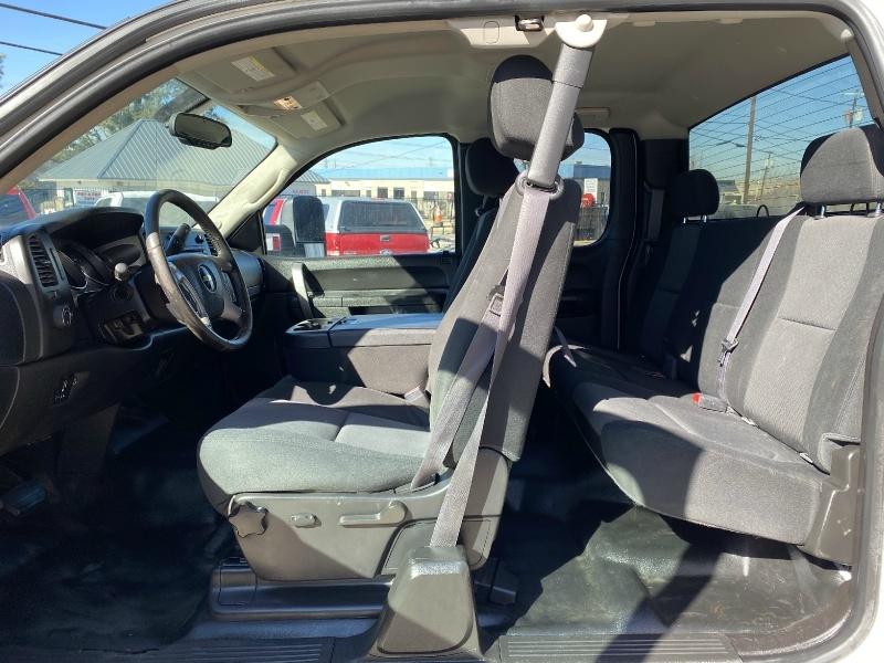 Chevrolet Silverado 2500HD 2013 price $13,990