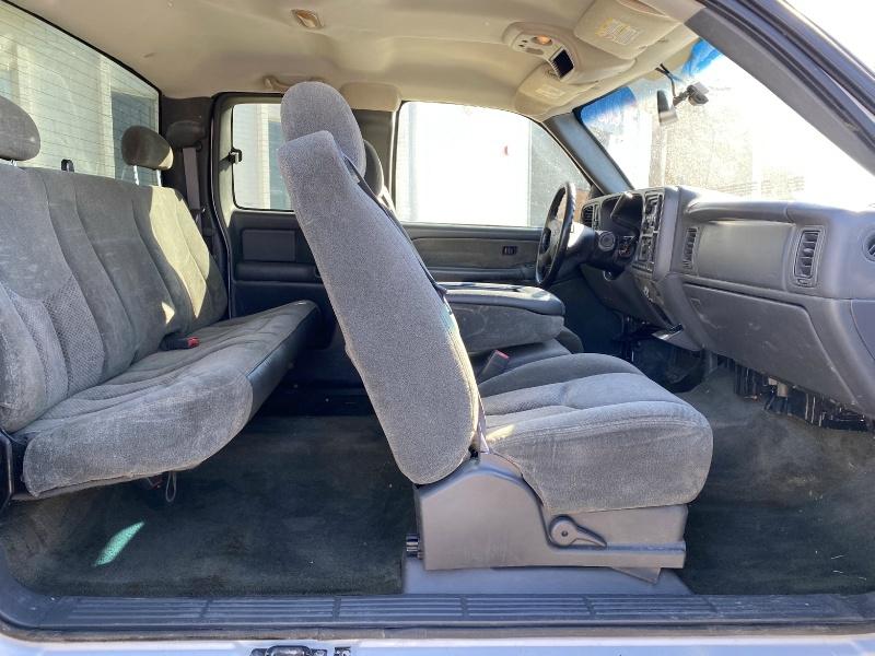 Chevrolet Silverado 2500HD 2003 price $6,990