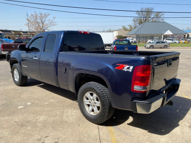 GMC Sierra 1500 2011 price $13,990