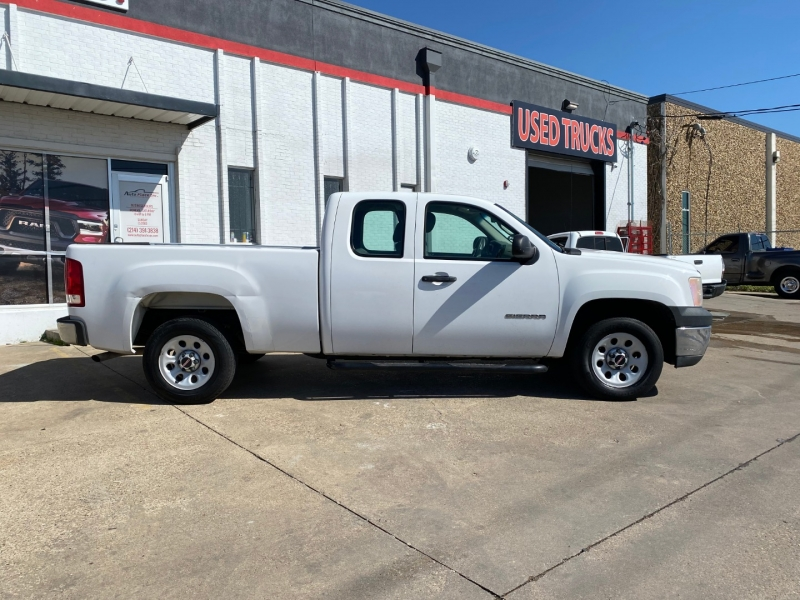 GMC Sierra 1500 2011 price $15,990