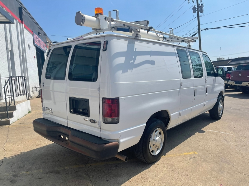 Ford Econoline Cargo Van 2012 price $15,500