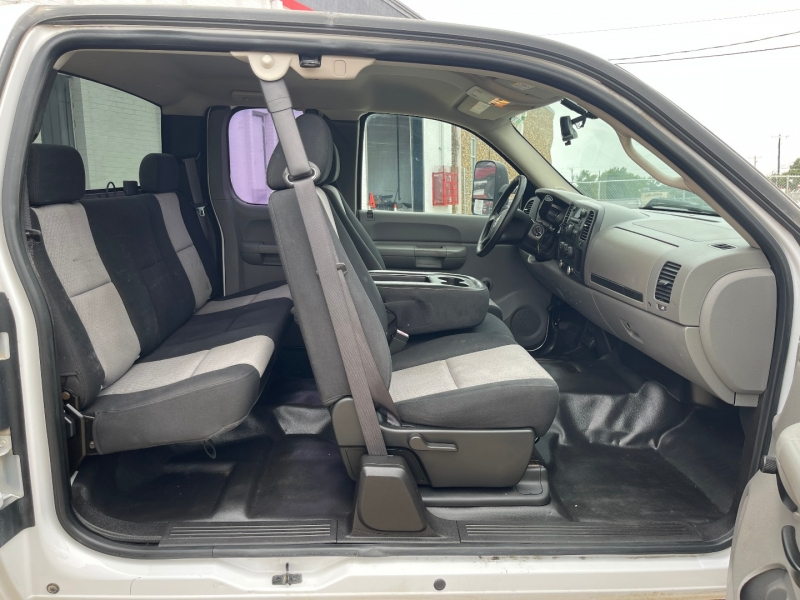 Chevrolet Silverado 2500HD 2008 price $11,990