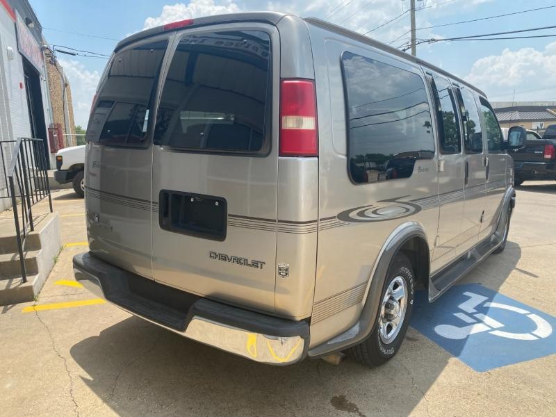 Chevrolet Express Cargo Van 2003 price $7,500