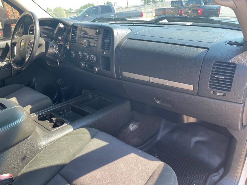 Chevrolet Silverado 2500HD 2011 price $16,990
