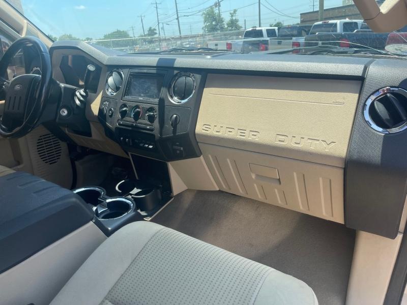 Ford Super Duty F-250 2009 price $15,990