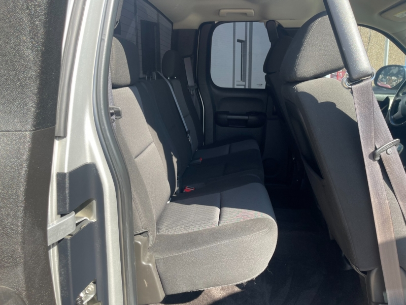 GMC Sierra 1500 2011 price $14,990