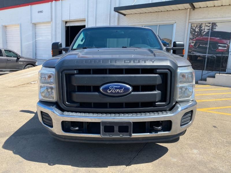 Ford Super Duty F-250 2013 price $17,990