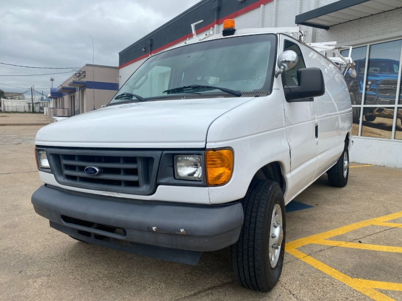 Ford Econoline Cargo Van 2007 price $14,990