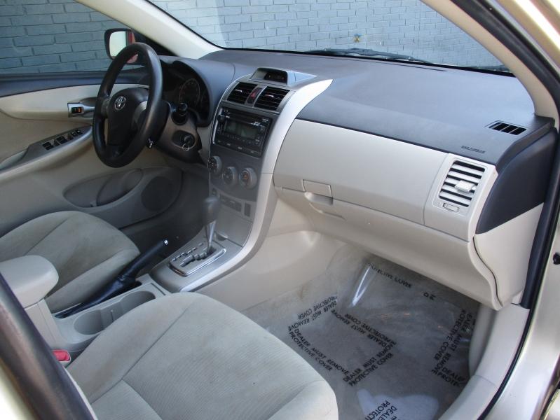 Toyota Corolla 2012 price $6,944