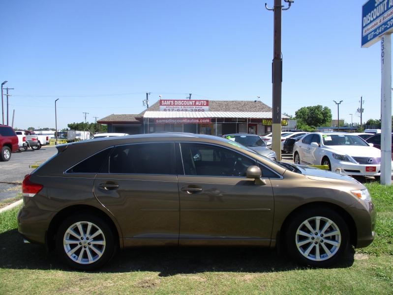 Toyota Venza 2009 price $8,944