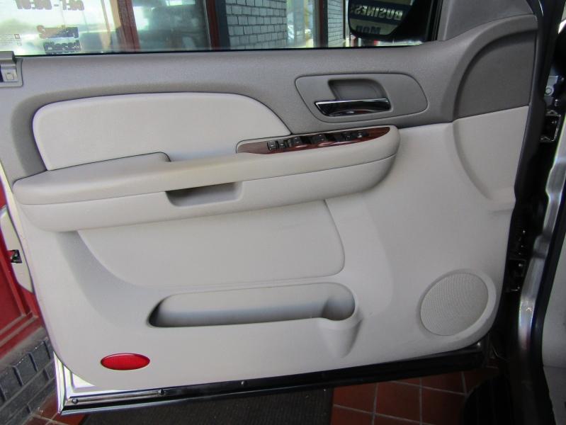 Chevrolet Avalanche 2008 price $11,900