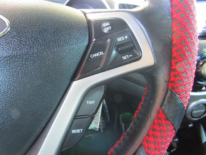 Hyundai Veloster 2012 price $7,944