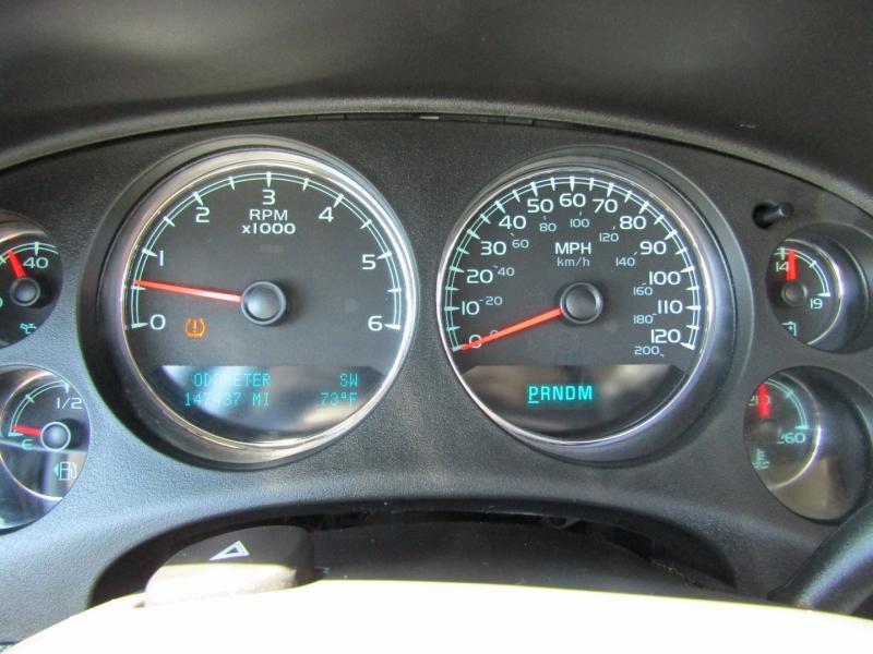 Chevrolet Suburban 2009 price $12,750