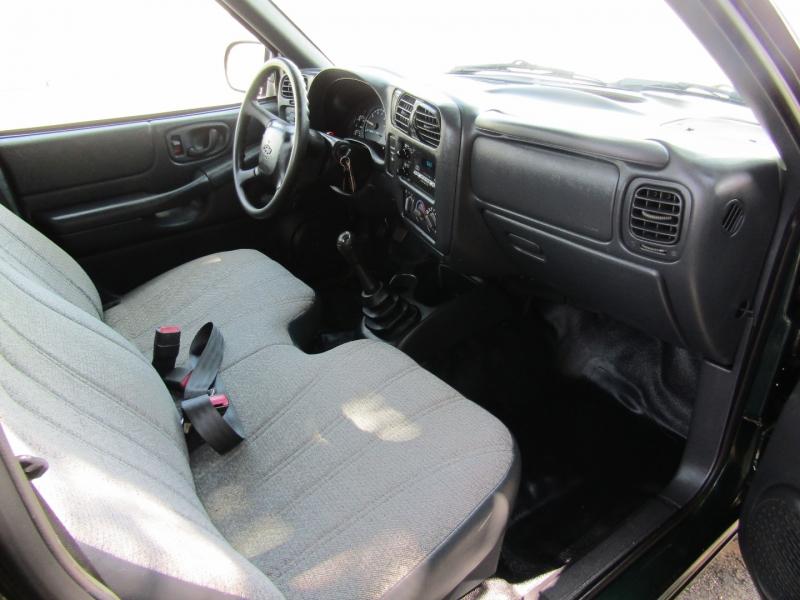 Chevrolet S-10 2002 price $5,444